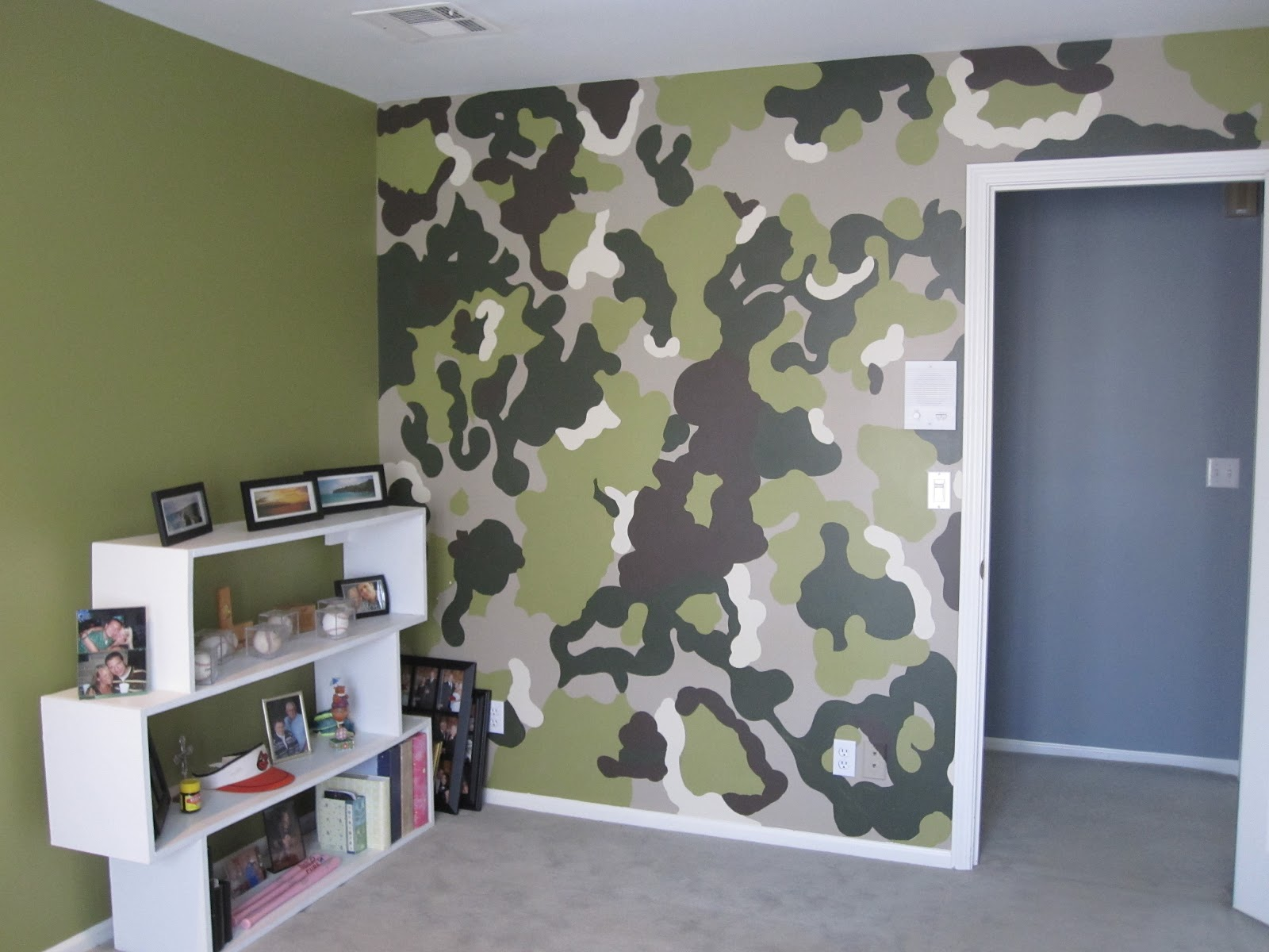 The rosenthal project s the camo room - How we paint your room ...