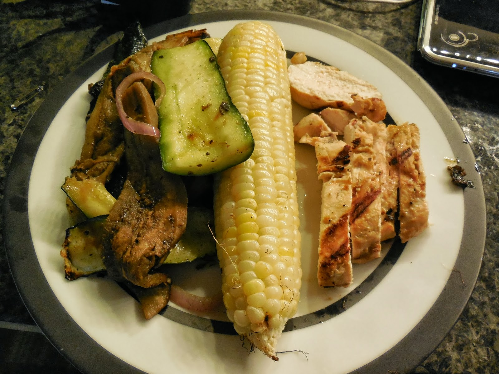 Dinner to die for! Chicken with grilled veggies - corn, zucchini ...