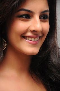 Isha Talwar New  Stills 1.jpg