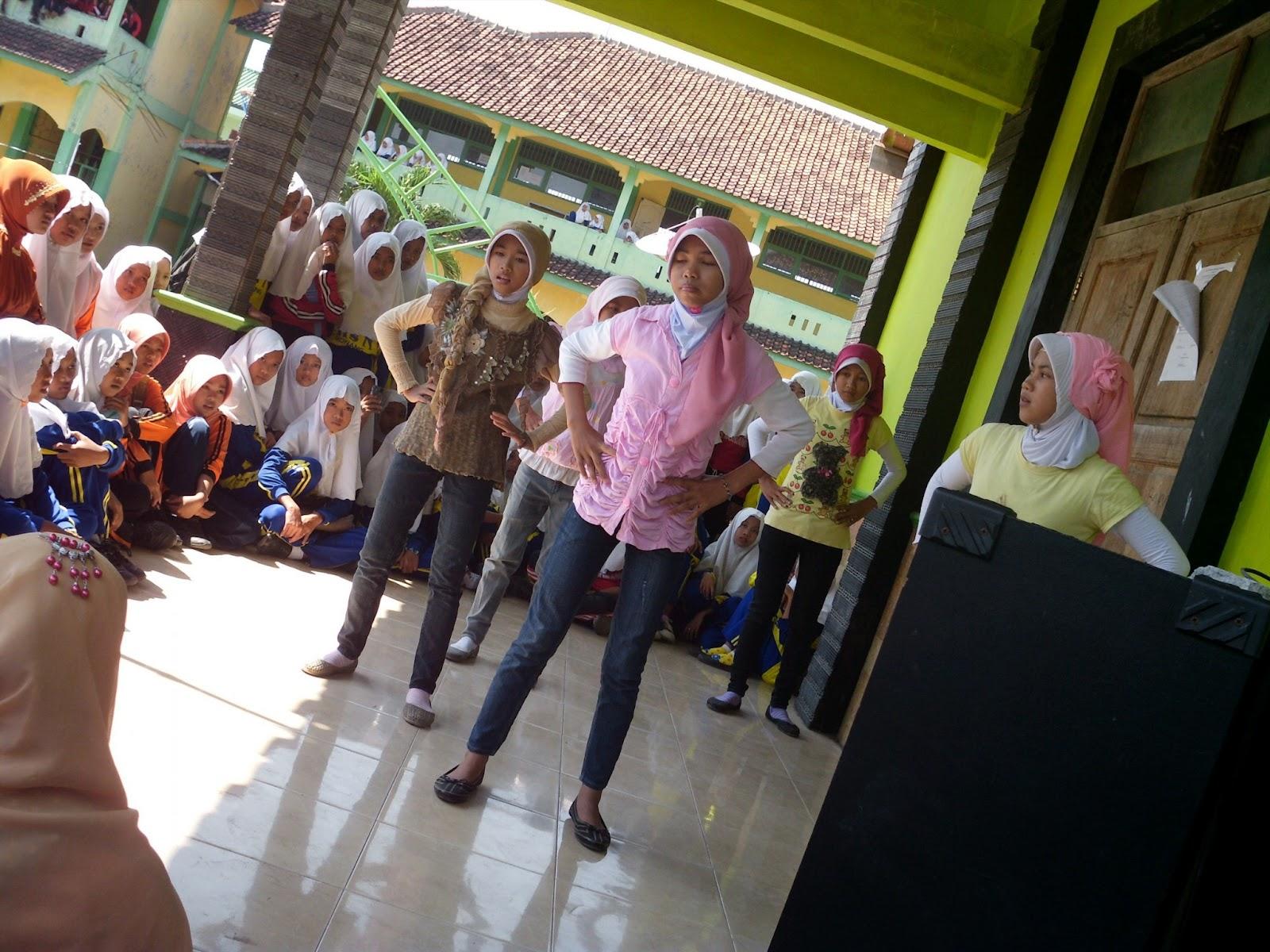 MTS N BONANG ( class meting )