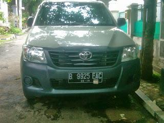 Pengiriman Toyota Hilux B 9925 EAC Jakarta Ke Kupang