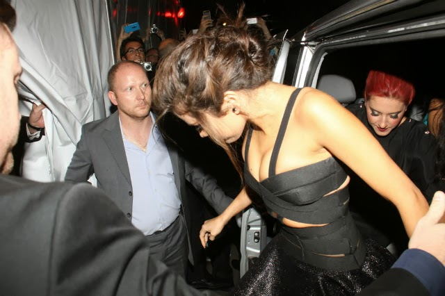 Selena Gómez con enormes tetas