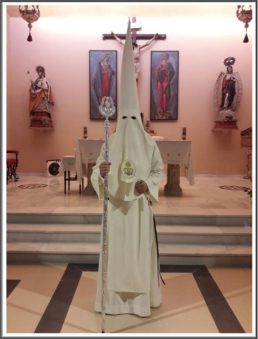 Santo Hábito del Señor de la Misión Redentora