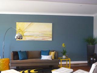 ruang+keluarga+dengan+warna+biru Kombinasi Warna Interior Untuk Rumah Modern