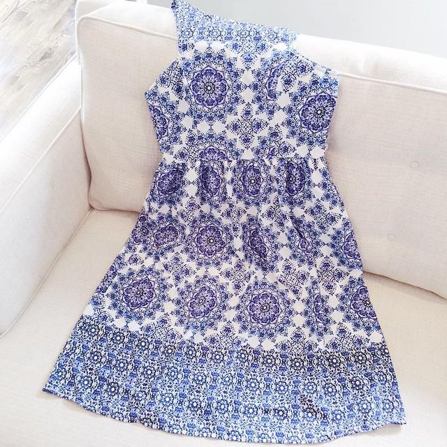Everly-'Holland'-Tile-Print-Midi-Dress