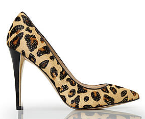 Joan & David Amandie pump