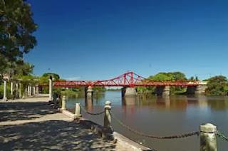 Puente giratorio Carmelo Colonia
