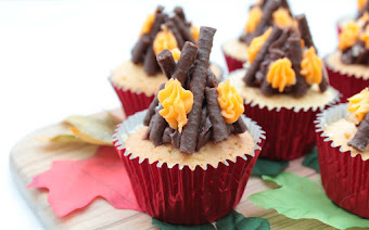 Crackling Bonfire Cakes