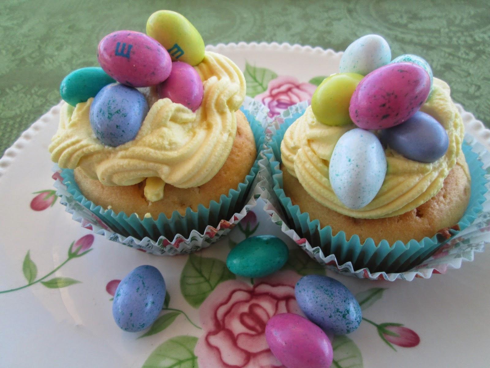 easter cupcakes with lemon curd (cupcakes de pascua con lemon curd)