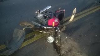 Colisão entre moto e carro deixa vítima fatal na PB 177 no município de Pedra Lavrada
