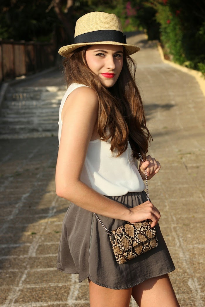 sombrero_gorro_hat_oysho_summer_verano_2014_minibolso_springfield_labios_rojos_look_outfit_angicupcakes01