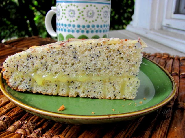 An Open Cookbook: Almond Poppy Seed Bread with Lemon Curd Filling