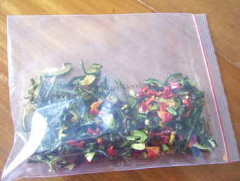 Dried_paprika_in_ziplock_bag