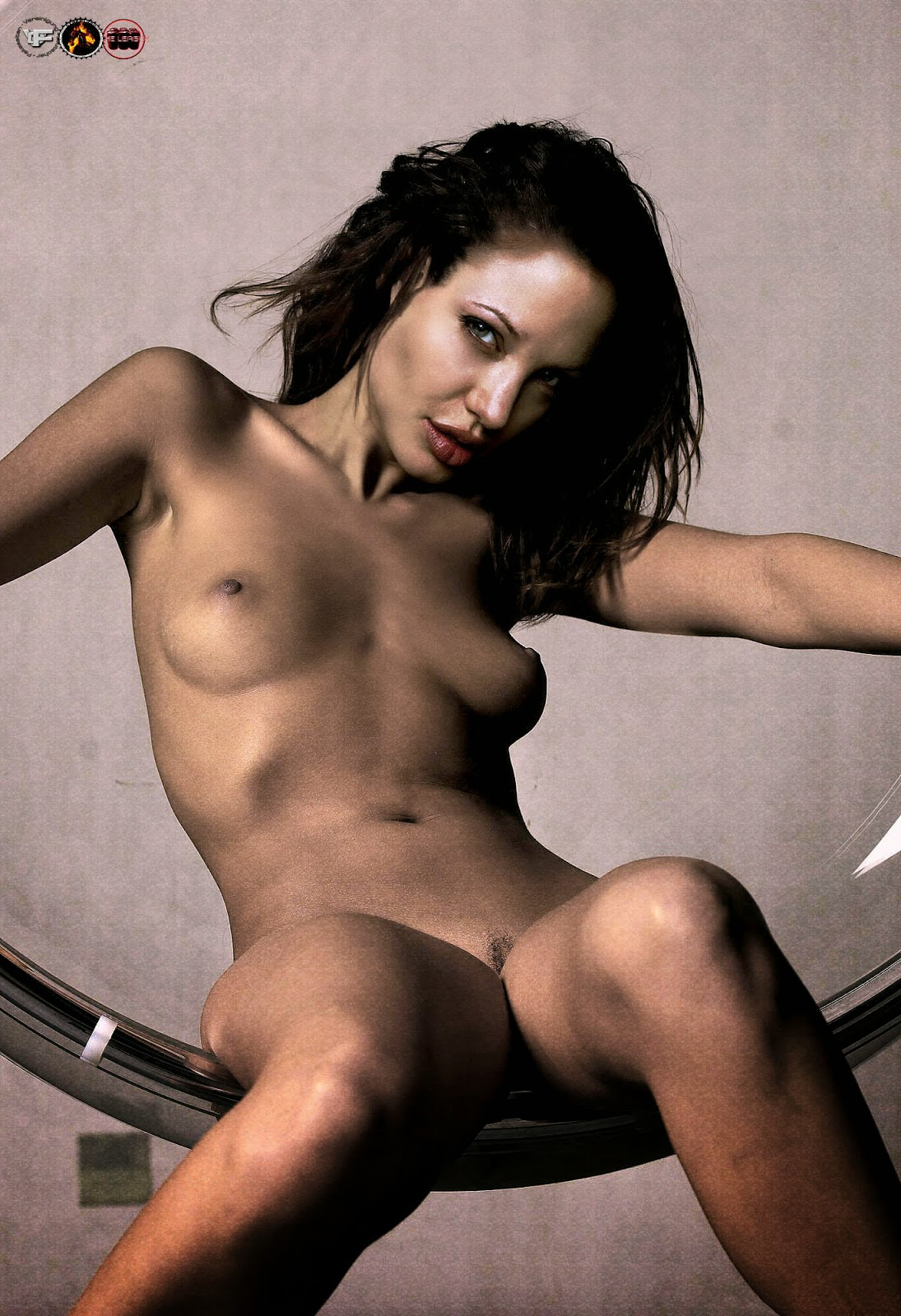 Can not Mobypictures angelina jolie naked version