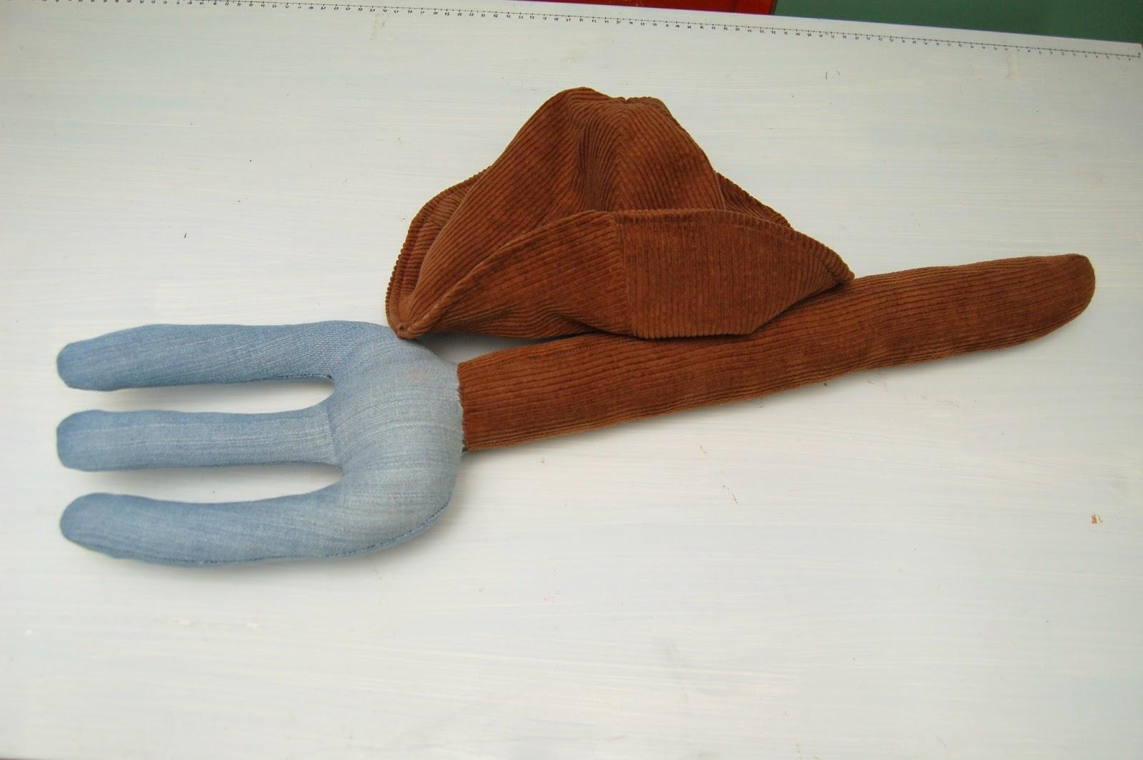 czapka widły  farmera
