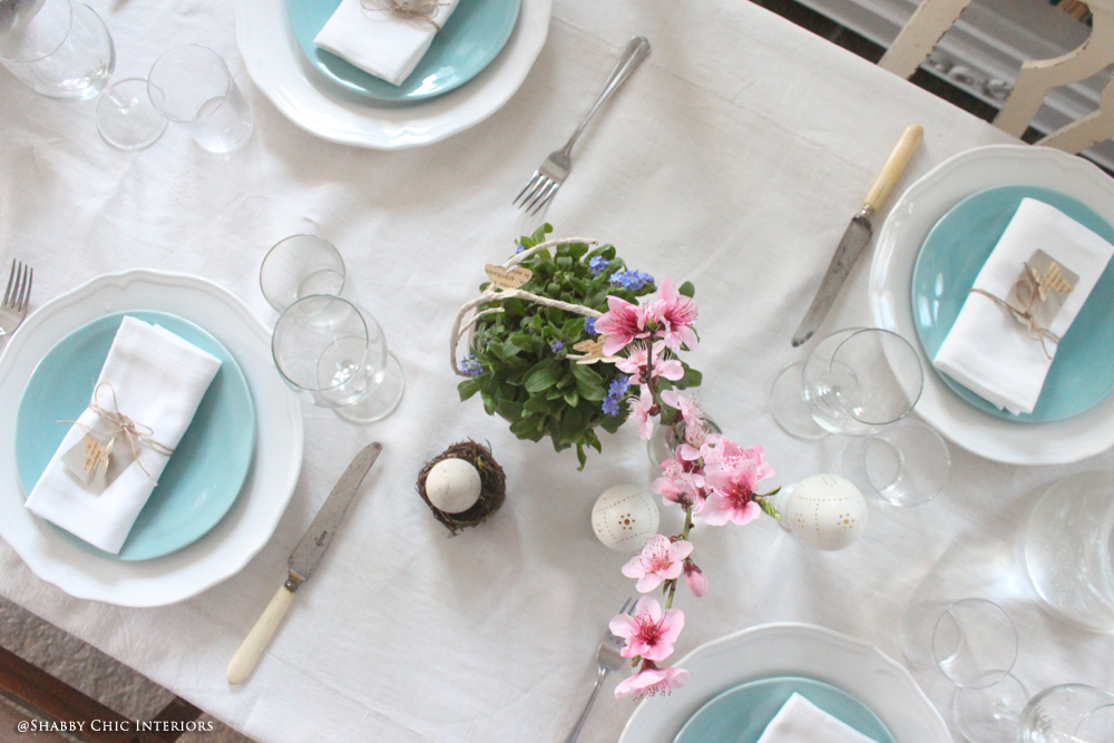 La tavola di pasqua shabby chic interiors - Tavola imbandita per pasqua ...