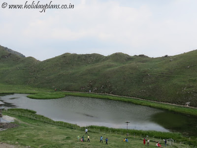 A mini island in the middle of Prashar Lake