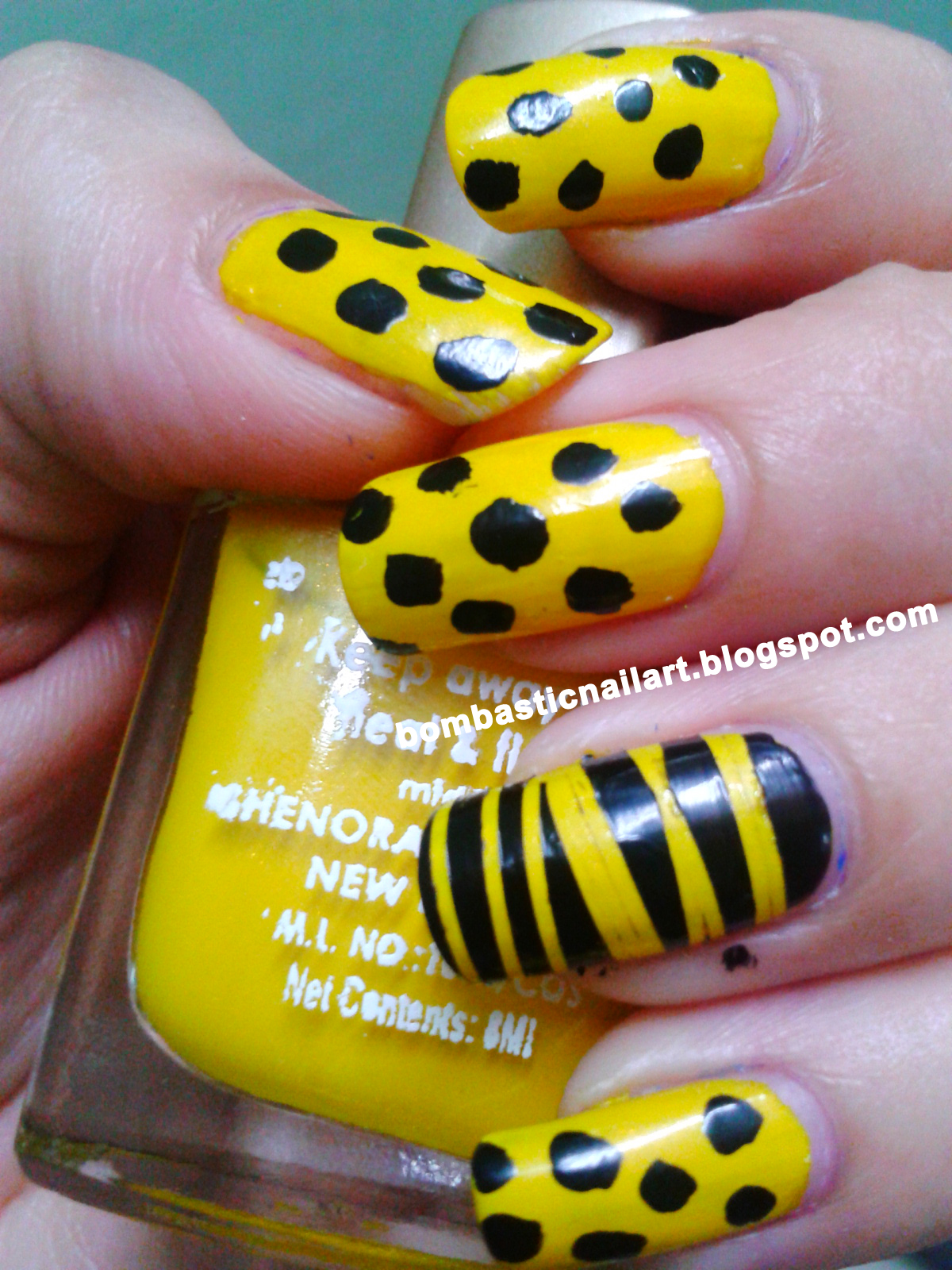 Nail Art Collection: Yellow Black Polka Dots with Striping Tape Nail Art