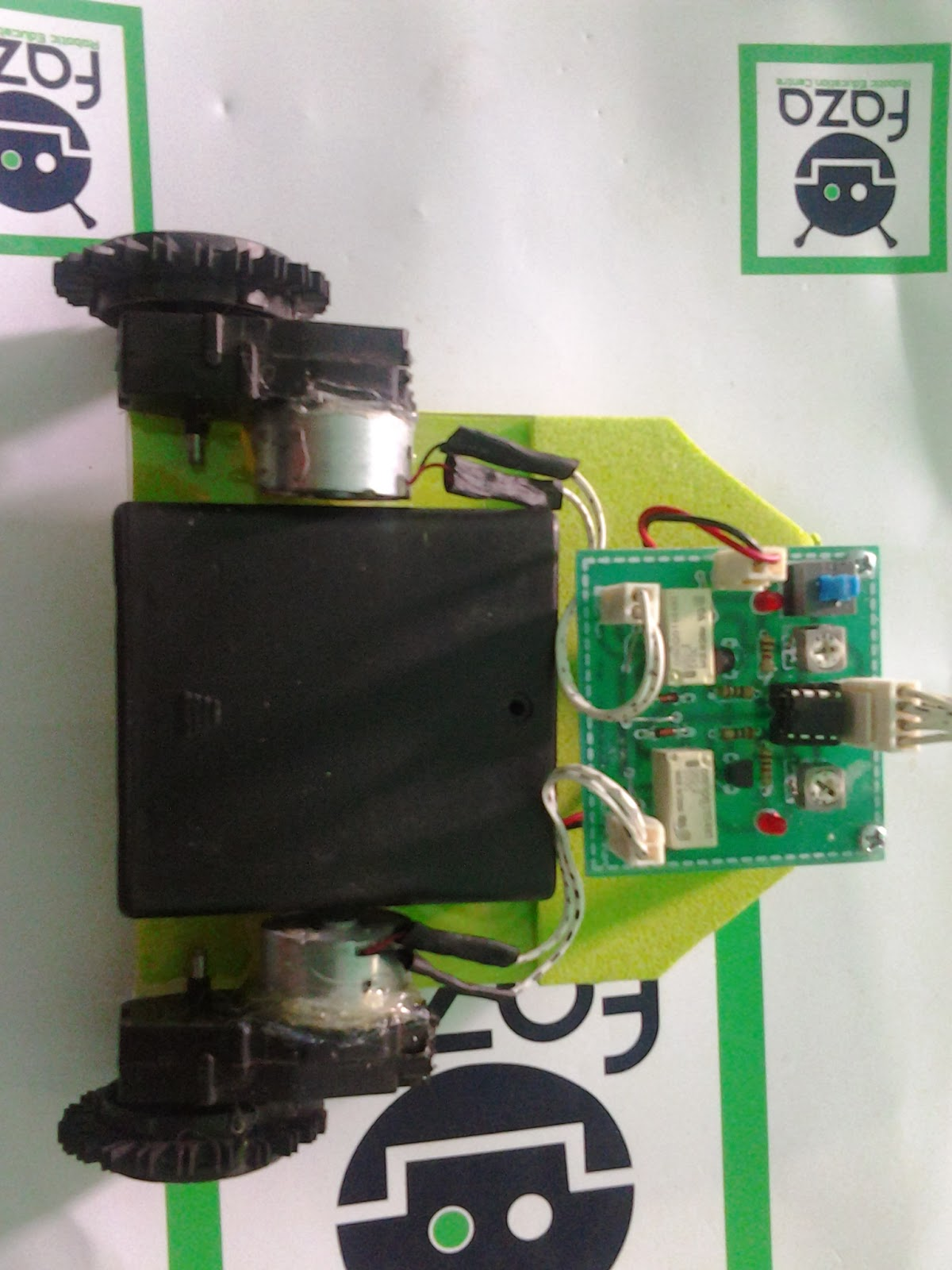 Robot Line Follower, Robot Line Follower 4 sensor, line Follower driver Relay