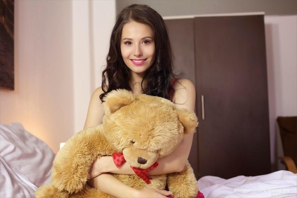 Người đẹp yêu thích gấu bông 1