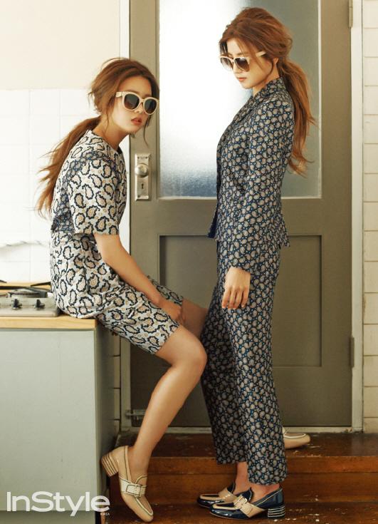 Apink Bomi and Chorong