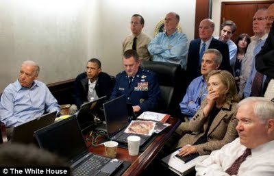 situation+room+osama+bin+laden+capture Brooklyn Based Hasidic Newspaper Der Zeitung Edits Hillary Clinton & Audrey Tomason Out of Situation Room Photograph