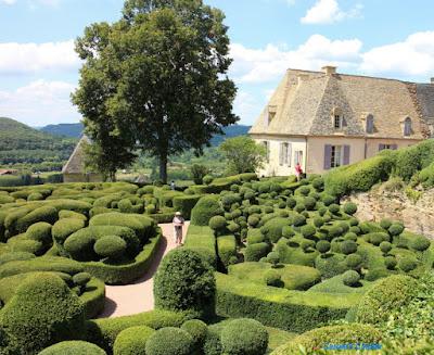 Carole's Chatter: Jardins de Marqueyssac