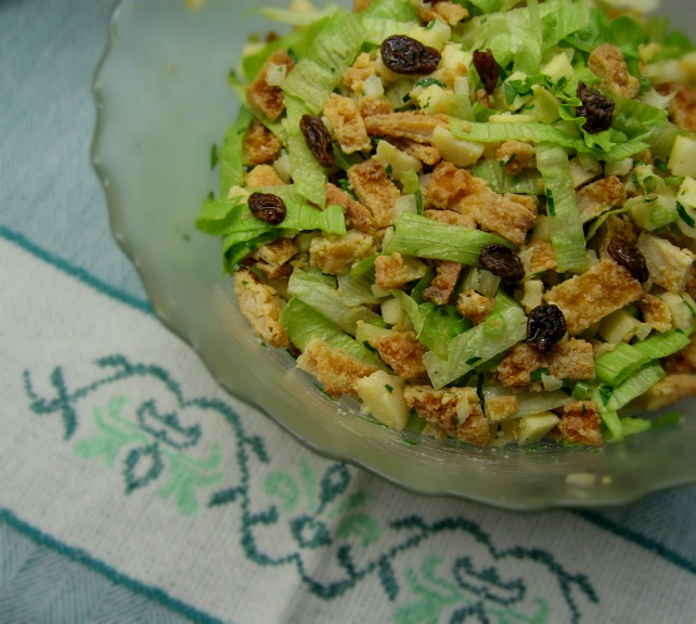 Salada de panados de frango