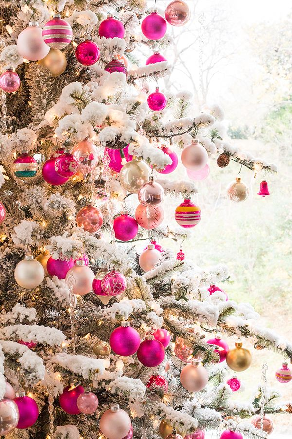 christmas tree with pink ornaments