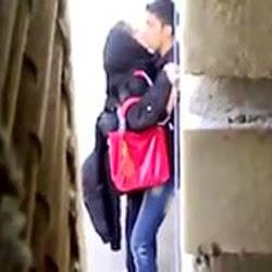 Casal Flagrado Fodendo na Rua - http://www.pornointerativo.com
