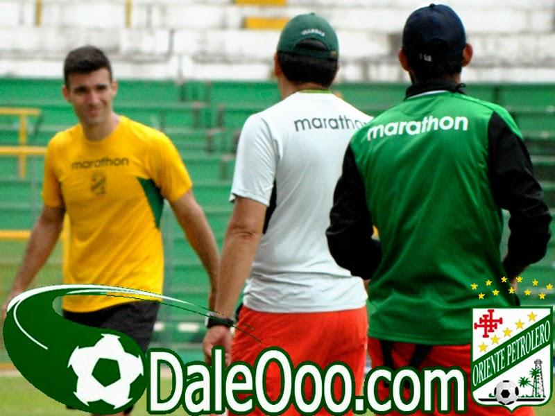 Oriente Petrolero - Danny Bejarano - Eduardo Villegas - DaleOoo.com web del Club Oriente Petrolero