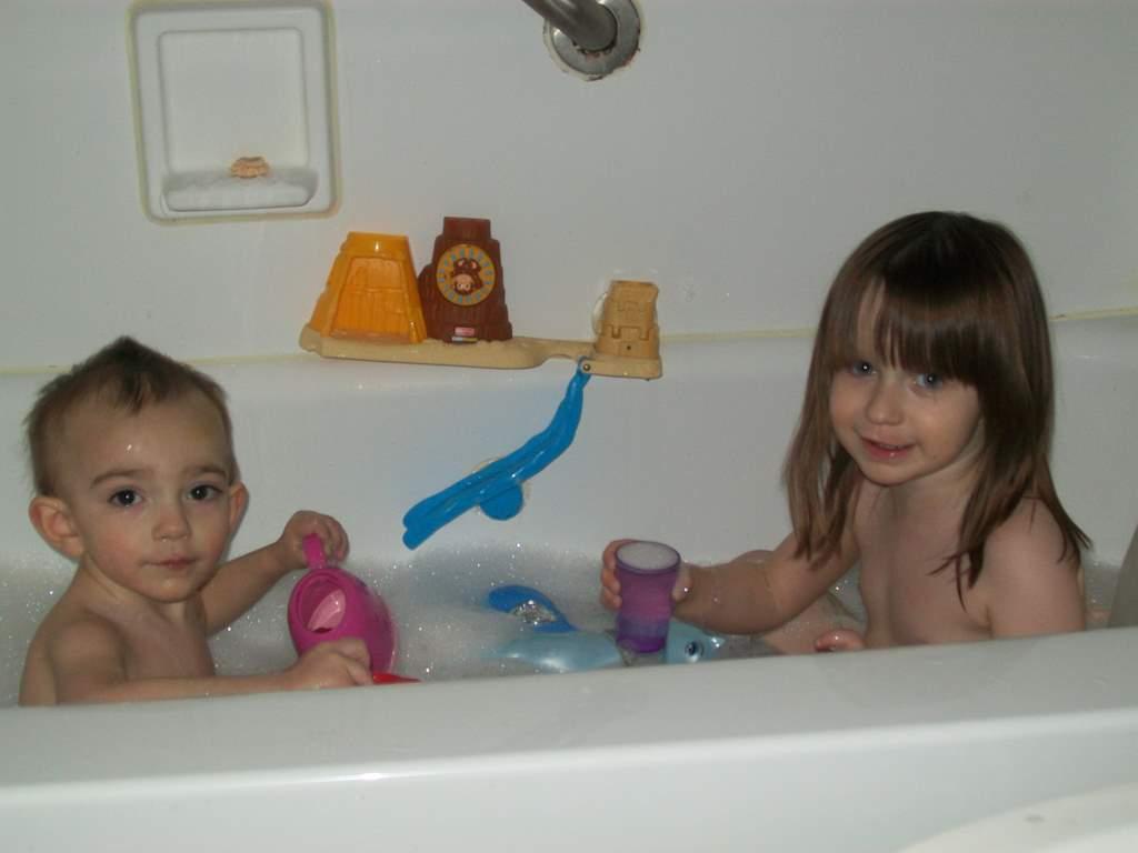 Emilie Marie: Cousin Kaid and BATH TIME!