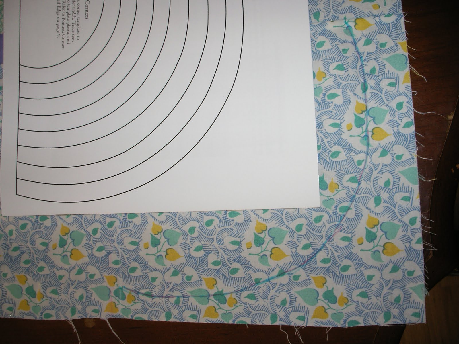 Linda\'s Quiltmania: Scallops, Vines and Waves Template by Quilt in a Day