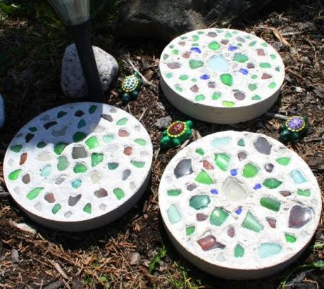 how o make mosaic stepping stones