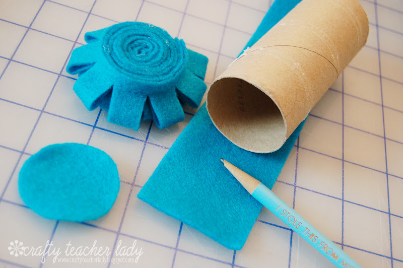 crafty teacher lady  rolled felt flower tutorial