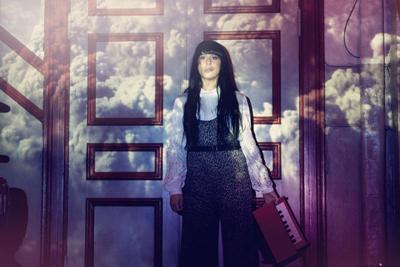 Sofia Hedia wearing pantsuit by moluu
