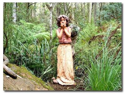 Las esculturas mágicas de Bruno Torfs - Marysville Australia - Jardín de esculturas24