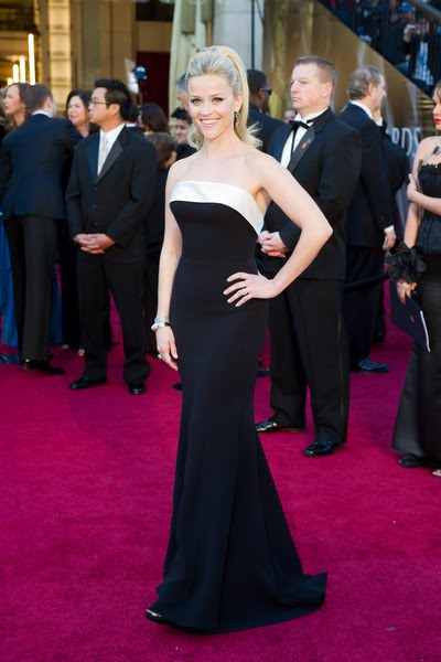 reese witherspoon oscars 2011 photos. reese witherspoon oscars dress