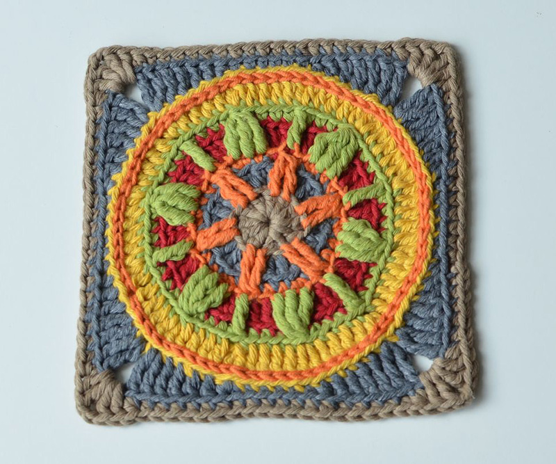 Circles of the Sun Mystery CAL 2015 - overlay crochet - Block 5 #free crochet pattern by LillaBjornCrochet