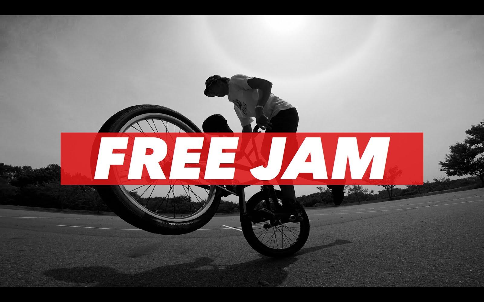 FREE JAM【毎月第一日曜開催】