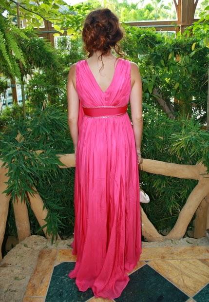 vestido largo rosa y plata
