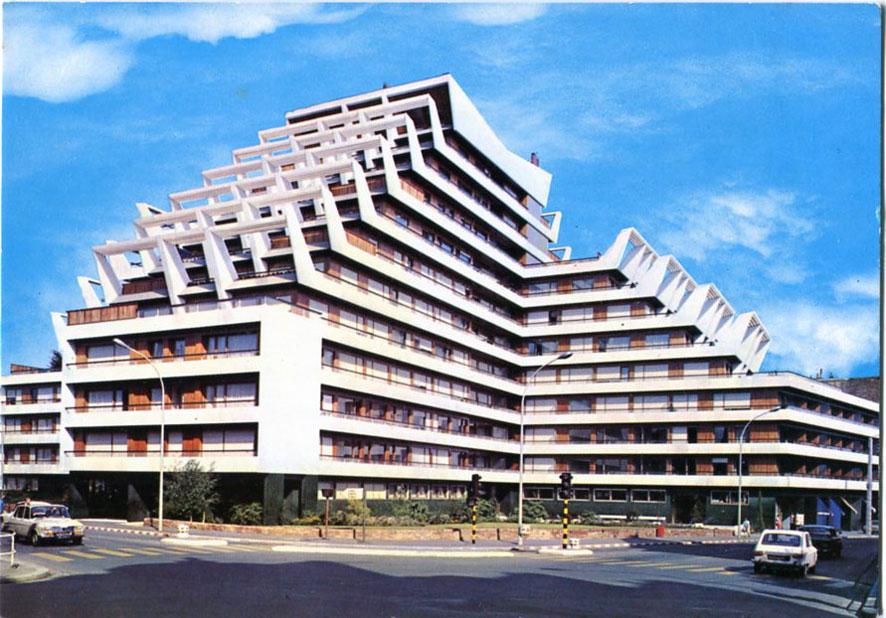 Architectures de cartes postales 1 maillols la barre for Architecture rennes