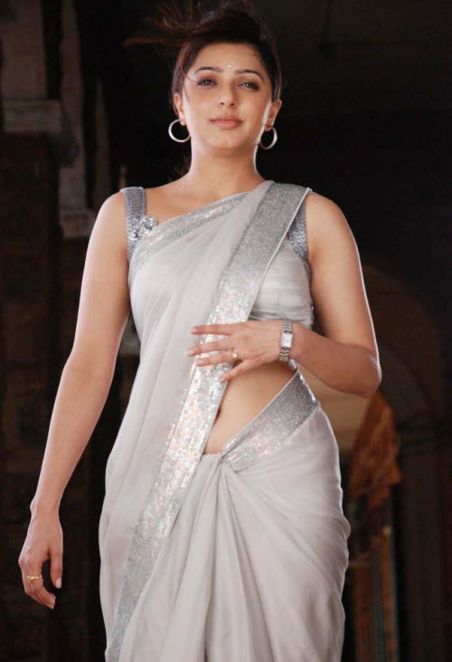 Sexy Bhumika Chawla Hot Saree Wallpapers