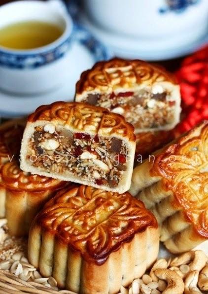 Cách làm bánh trung thu thập cẩm tại nhà cổ truyền dễ làm
