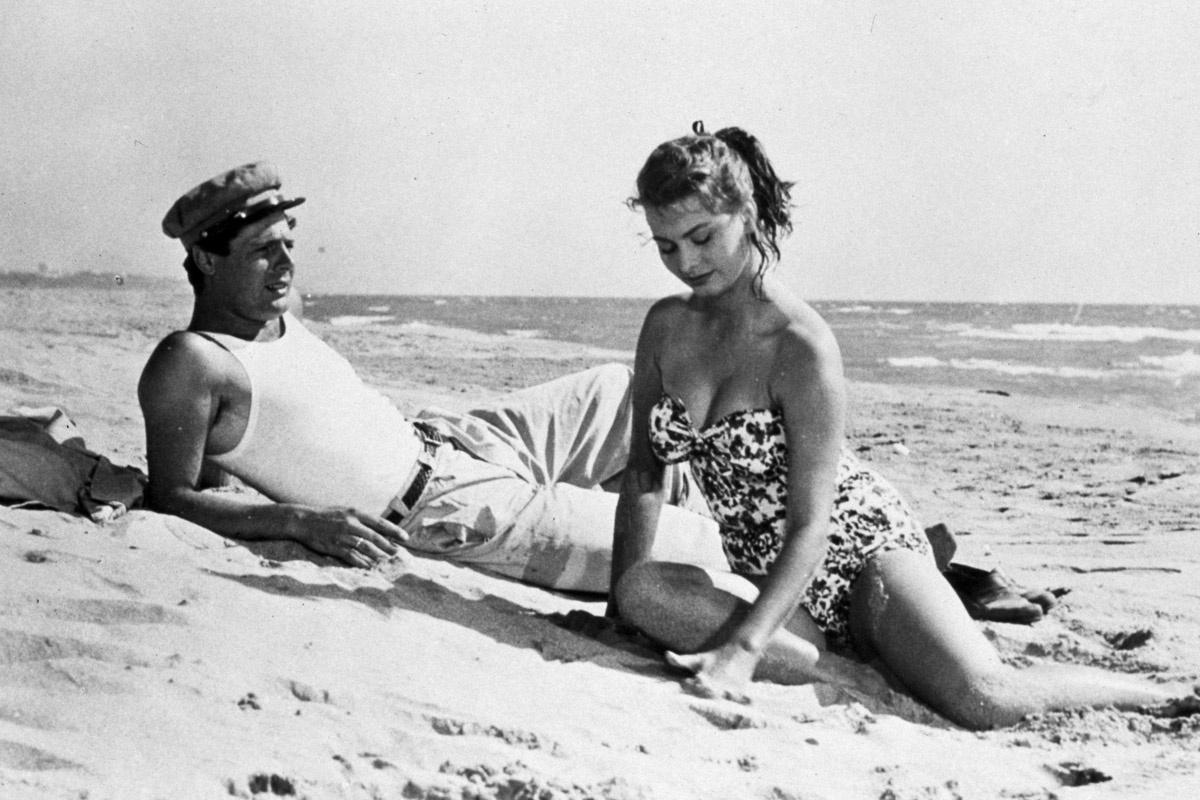 Desnudo Una de las pocas imágenes de Sophia Loren