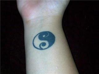 Yin Yang Tattoo Ideas - Yin Yang Tattoo Design Photo Gallery