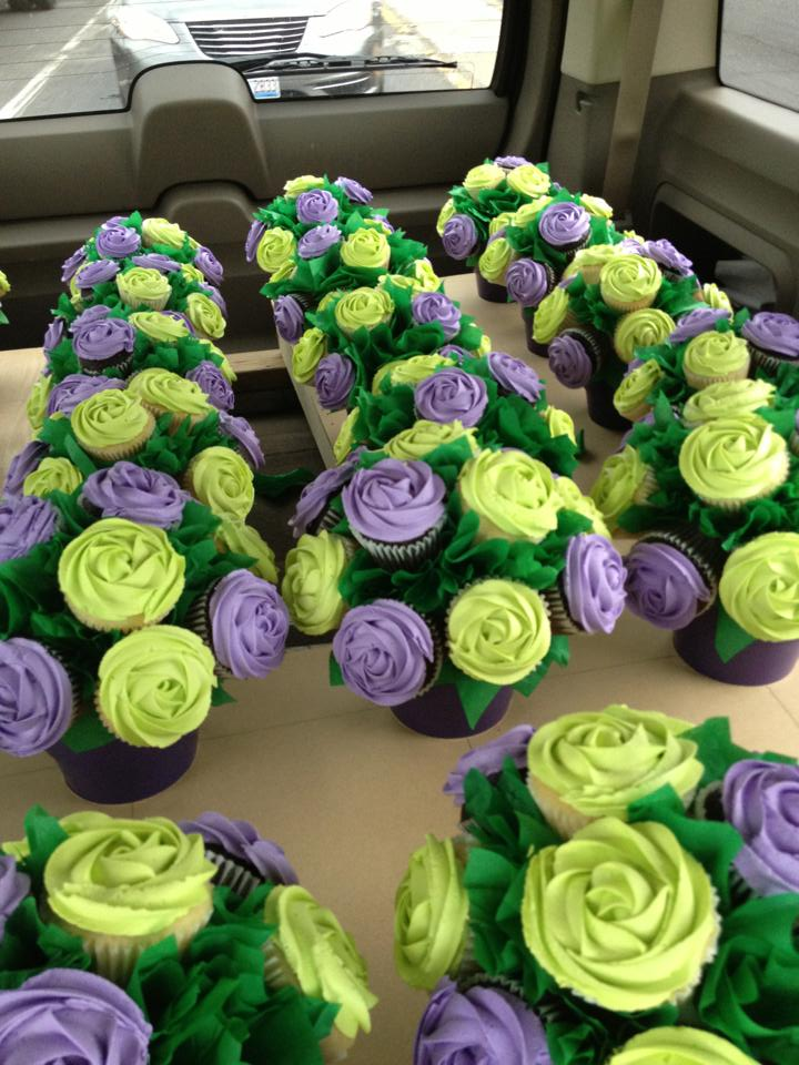 Cupcake Scoops Wedding Centerpiece Bouquets June 2013