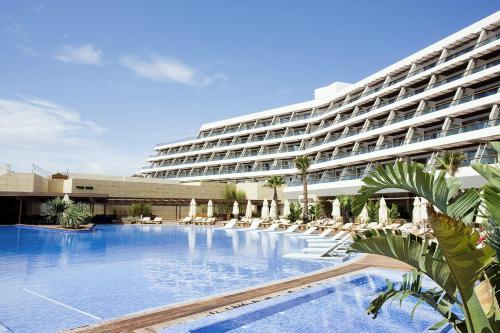 hotel en ibiza barato: