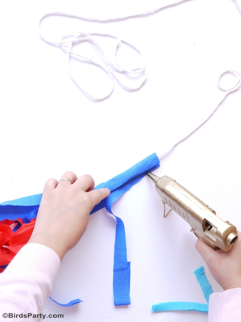 DIY 4th of July Party Photo Booth Balloon Tassels