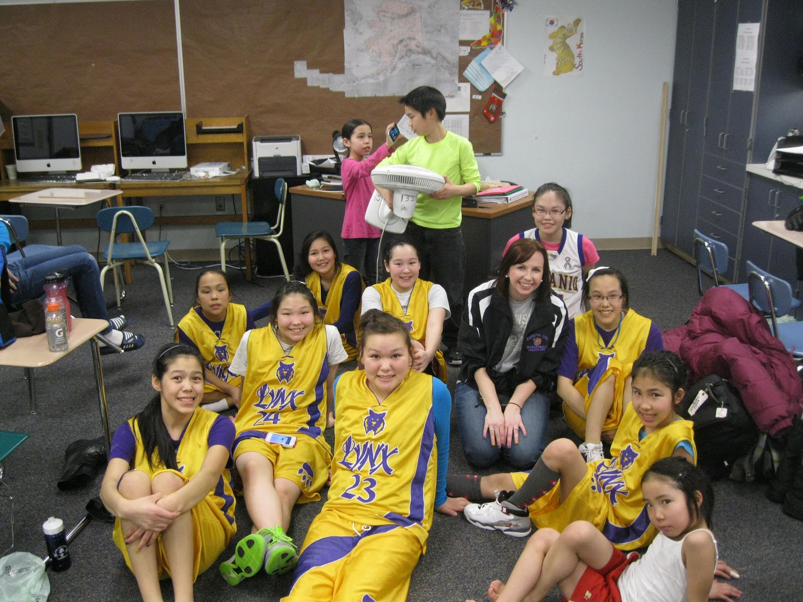 manokotak girls Chugiak girls, dimond boys claim berths in class 4a state basketball tourney author: alaska news manokotak vs teller 9:45 am.